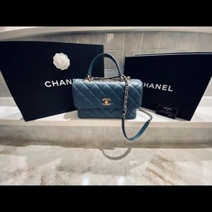 100% authentic Chanel Flap Bag w/ Top handle